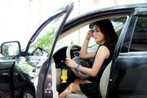 phụ nữ lái xe an toàn